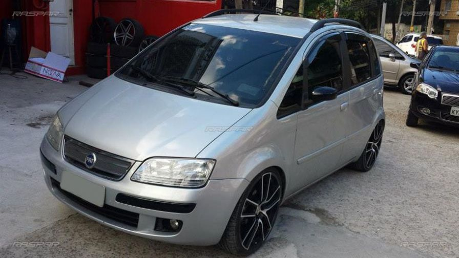 Idea com rodas aro 20 for Fiat idea 2007 precio