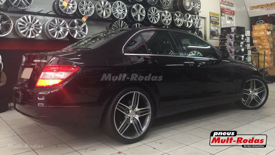 mercedes benz c 200 2008 com rodas hd wheels amg 2015 aro 19 e pneus headway 245 35 19. Black Bedroom Furniture Sets. Home Design Ideas