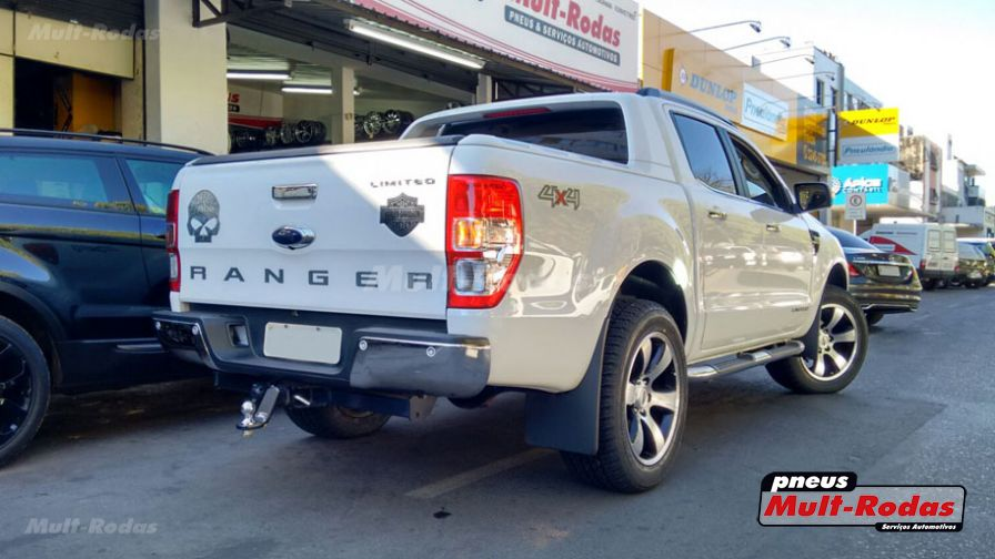 ford ranger 2015 com rodas hd prado aro 20 e pneus yokohama 275 55 20. Black Bedroom Furniture Sets. Home Design Ideas