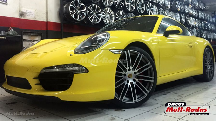 porsche carrera s 2012 com rodas porsche 911 2015 aro 20 e pneus michelin 295 30 20. Black Bedroom Furniture Sets. Home Design Ideas