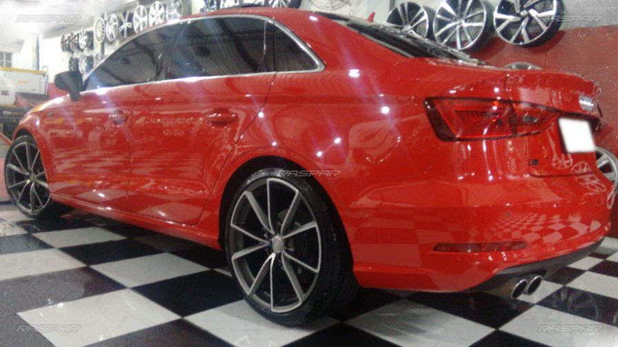 audi a3 sedan 2014 com rodas aro 19 e pneus delinte 235 35 19. Black Bedroom Furniture Sets. Home Design Ideas