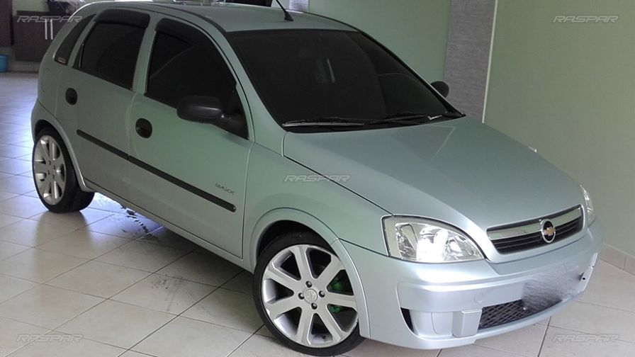 chevrolet corsa 2008 com rodas volcano aro 17 e pneus maxxis 205 40 17. Black Bedroom Furniture Sets. Home Design Ideas